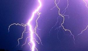 Soir d'orage... dans Tiens, ça me rappelle... orage-2-300x173